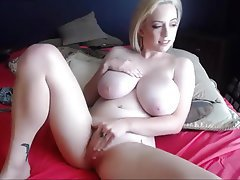 Amateur Blonde Big Boobs Nipples
