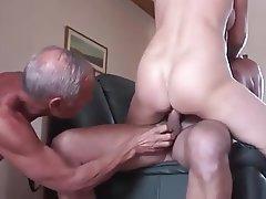 Amateur Cuckold Cum in mouth Mature