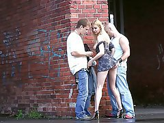 Amateur Blonde Gangbang Threesome