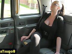 Big Boobs Cumshot Pussy