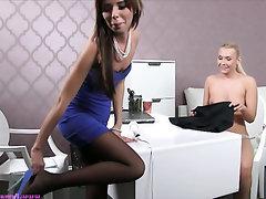 Babe Blowjob Casting Secretary