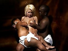 Facial Interracial Midget MILF