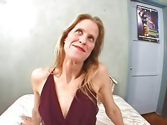 Blonde Mature Cumshot MILF Threesome