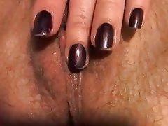 Amateur Close Up Hairy Masturbation